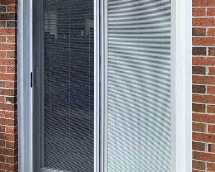 Sliding Door with Miniblinds